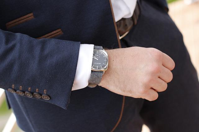 elegantní hodinky