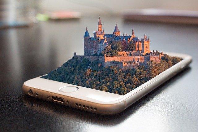 Mobilní telefon s hradem