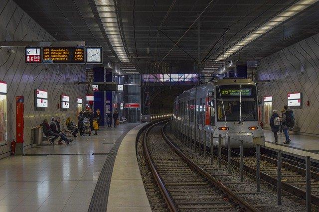 O vlaky metra se bude starat Škoda Transportation